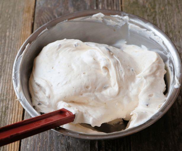 Simple Cannoli Cake Recipe