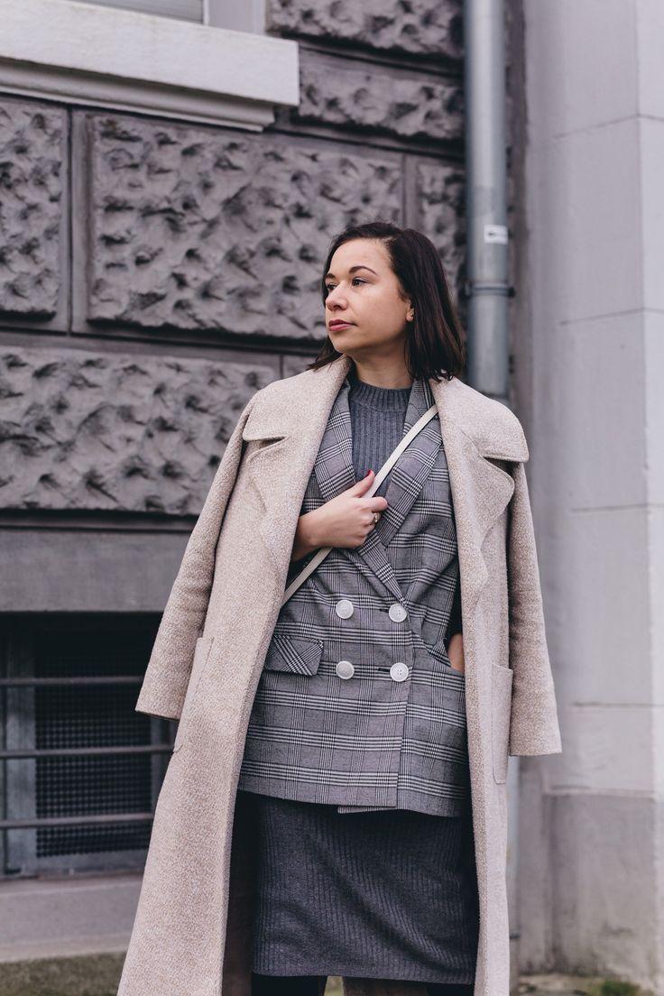 Glencheck-Blazer und Mantel kombinieren - Double-Layering für den Winter auf liebewasist.com #ootd #fashion