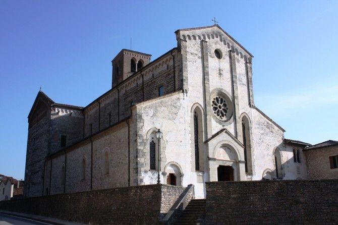 Abbazia di Santa Maria Epoca: XI secolo Stile: Gotico Cistercense Luogo:  Follina, Treviso