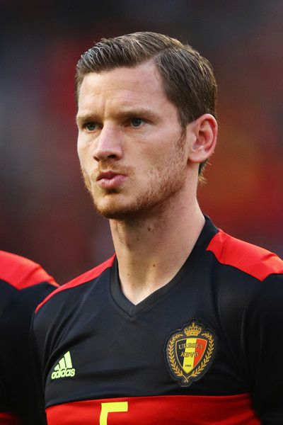 Jan Vertonghen of Belgium stands for the national anthem prior to the International Friendly match between Belgium and Czech Republic at Stade Roi Baudouis on June 5, 2017 in Brussels, Belgium.