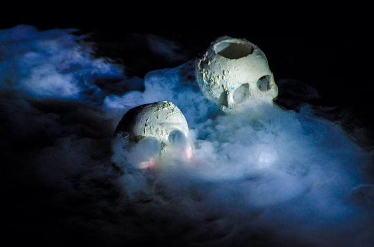 Dry ice skulls