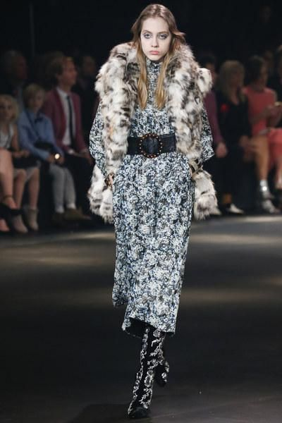 See every look from the Saint Laurent Fall 2016 fashion show