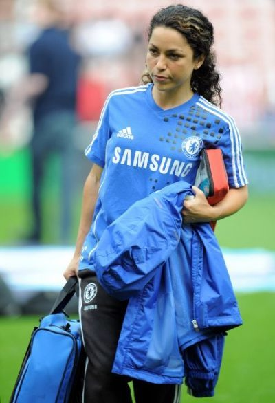 Now i know it, it's not because of the money... - Eva Carneiro, Chelseas physio