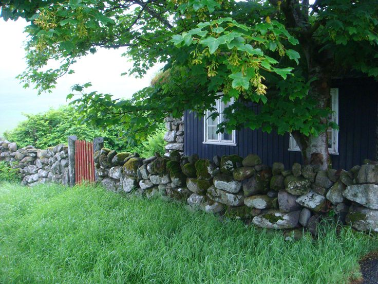 A cosy wood cottage we saw on our walk.