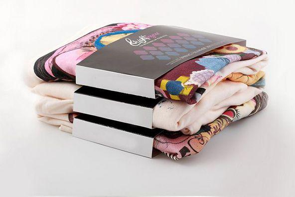 t-shirt-packaging-design-paper-01