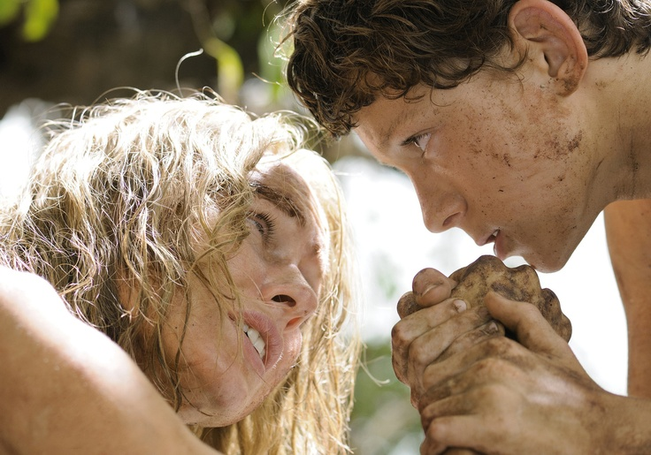 Naomi Watts as Maria and Tom Holland as Lucas in The Impossible