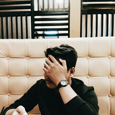 RT @faridselamat: i get jealous because i'm afraid someone is going to make u happier than i do .