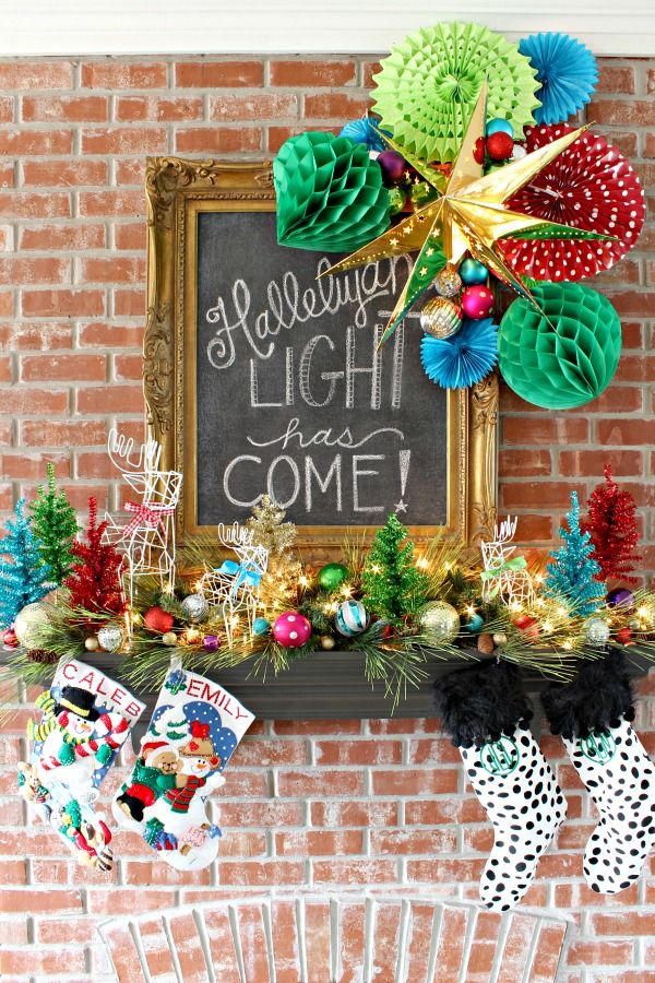 Holiday House Tours On Pinterest Picket Fences Christmas Decor