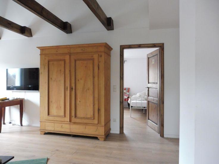ber ideen zu bauernschrank auf pinterest. Black Bedroom Furniture Sets. Home Design Ideas