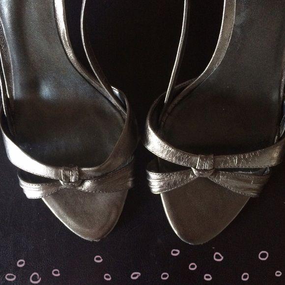 Nine West pewter sandals Pewter metallic leather sandals. Worn twice. Nine West Shoes Sandals