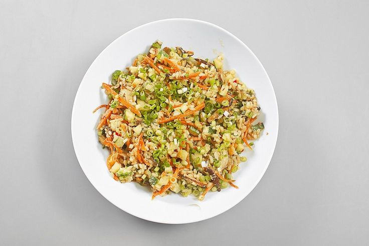 Fried rice with egg in Chinese. Recipe: http://wonderdump.com/fried-rice-with-egg-in-chinese/