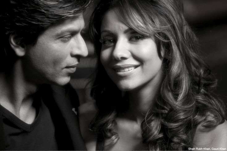 Shah Rukh & Gauri. Photo by Avinash Gowariker