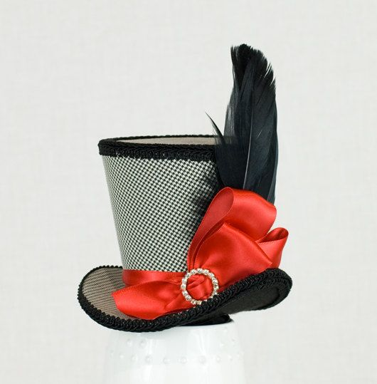 Black Mini Top Hat, Mad Hatter hat,Wedding fascinator,Burlesque hat,Alice in Wonderland hat, Steampunk Hat, Bachelorette Party Hat, Cosplay