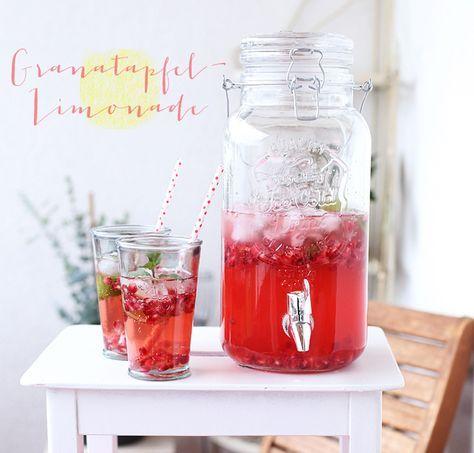( Puppenzimmer ): Granatapfel-Limonade mit Minze und Limette