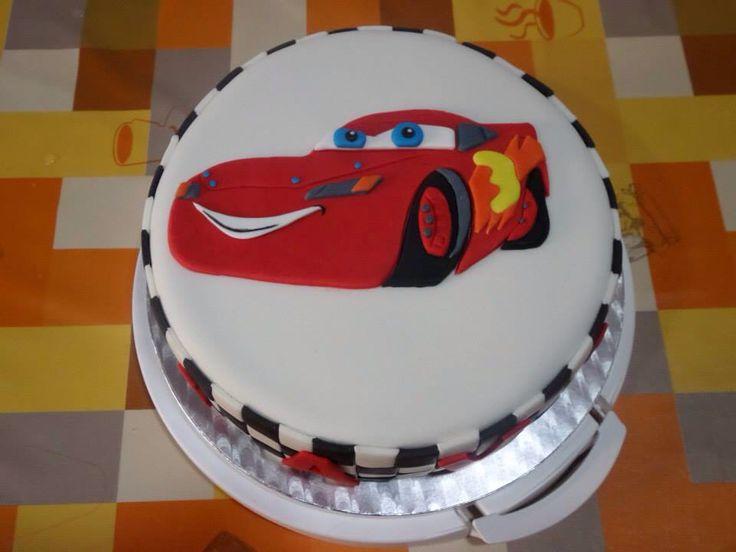 #reposteriacreativa #tartas #fondant #tartasdecoradas #cars #rayomcqueen