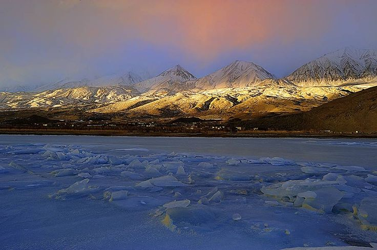 Sunrise with a drizzle of snow by sankar  sridhar on 500px