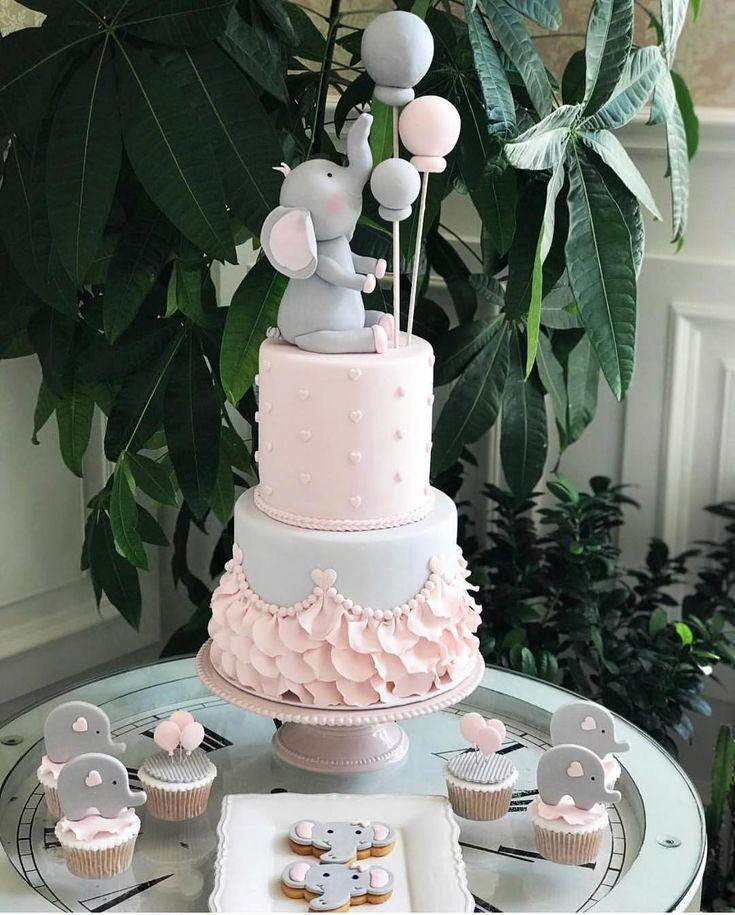 Babyparty-Kuchen Wie niedlich für die Elefantenthemakuchen-kleinen Kuchen und die Plätzchen! @cak …