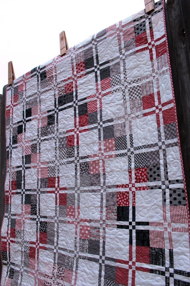 Porch Swing Quilts: Friday Finish: Mama Said Sew Disappearing Four Patch