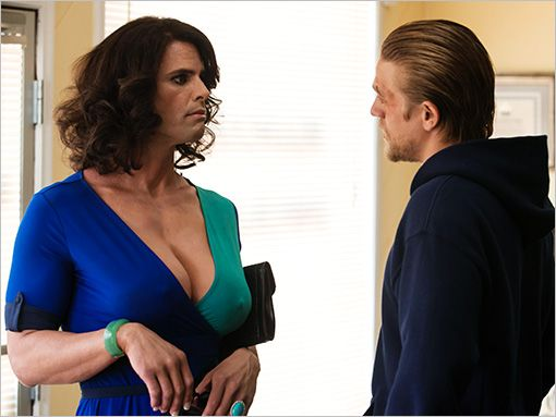 'Sons of Anarchy': Surprise guest star discusses transformational role -- AWESOME PHOTO