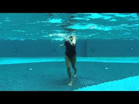"AQUA ZUMBA Splash! with Mari ""Turn UP The Bass (Hip-Hop)"" (ZIN 57) - YouTube"