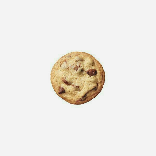 choc chip cookie food