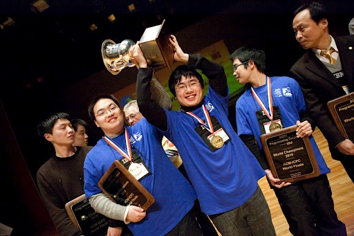 The 2010 World Finals champions - Shanghai Jiaotong University #champion #China #ICPC2010
