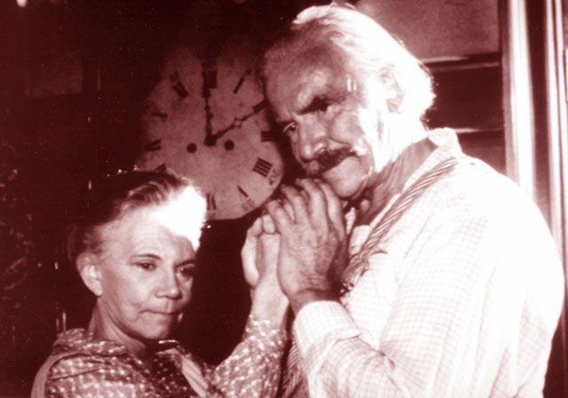 """Ellen Corby """"Grandma Walton"""" Dies at 87"""
