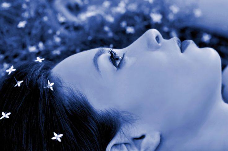 """""""Lascia che l'anima rimanga fiera e composta di fronte ad un milione di universi""""  .Walt Whitman."""