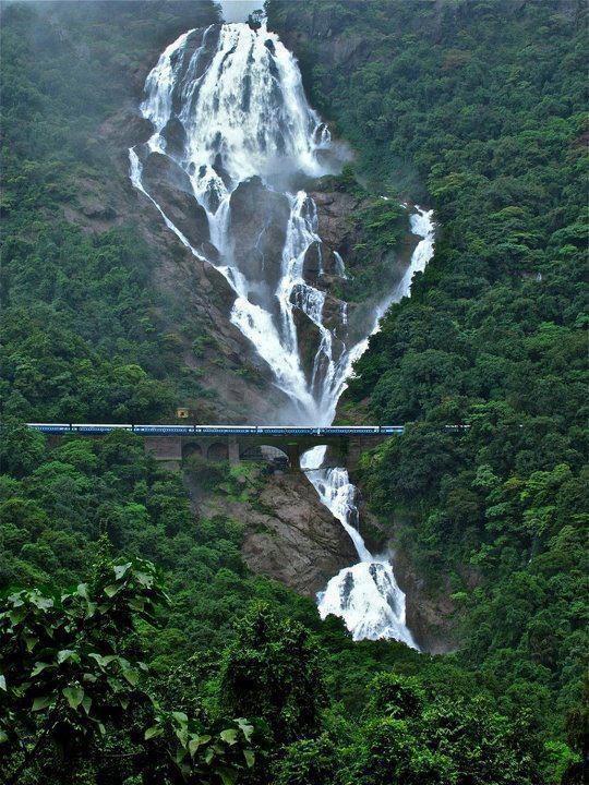 India: Milk, Dudhsagar Fall, Beautiful Places, Goa India, Training Track, Incr India, Travel, Rivers, Photo