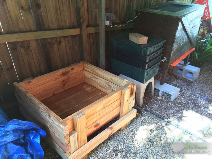 Wooden worm bin @ The Little Worm Farm