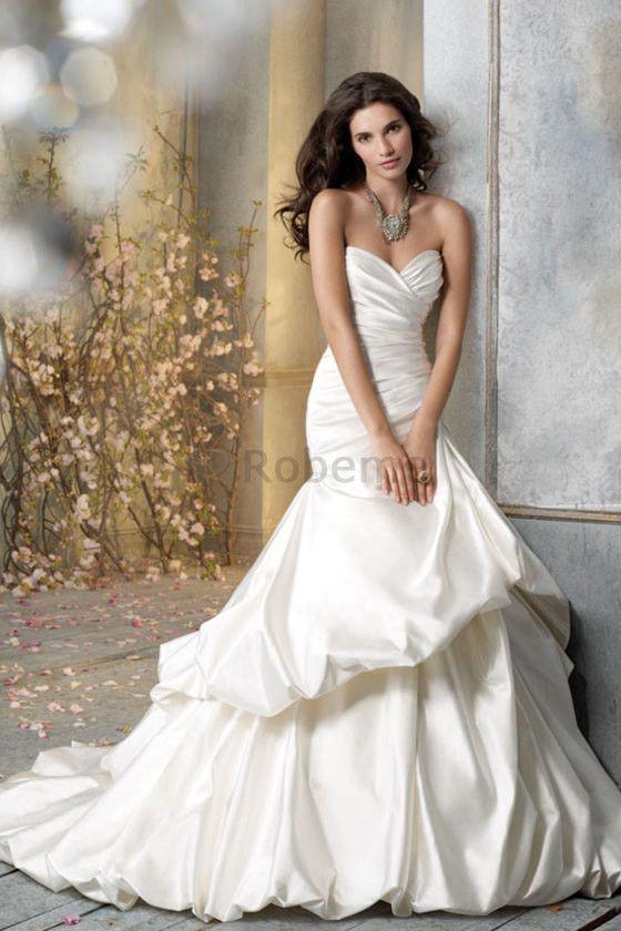 Robe de mariée naturel de sirène boutonné avec gradins ample