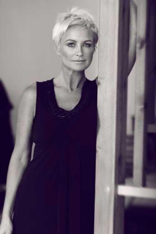 15 Short Pixie Hairstyles for Older Women | http://www.short-haircut.com/15-short-pixie-hairstyles-for-older-women.html