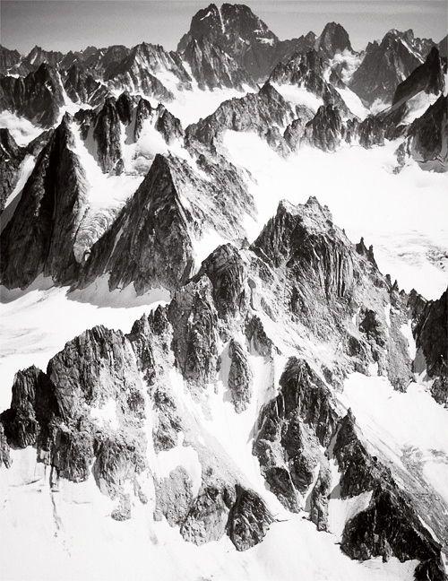 .Graphics Art, Inspiration, Nature, Black White, Art Inspo, Places, Photography, Snow White, Snowy Mountain