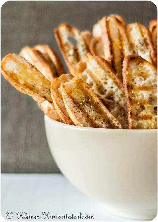 Als Beilage oder Partysnack: Fladenbrotchips. Weil Fingerfood geht eigentlich immer... #rezept #grillen