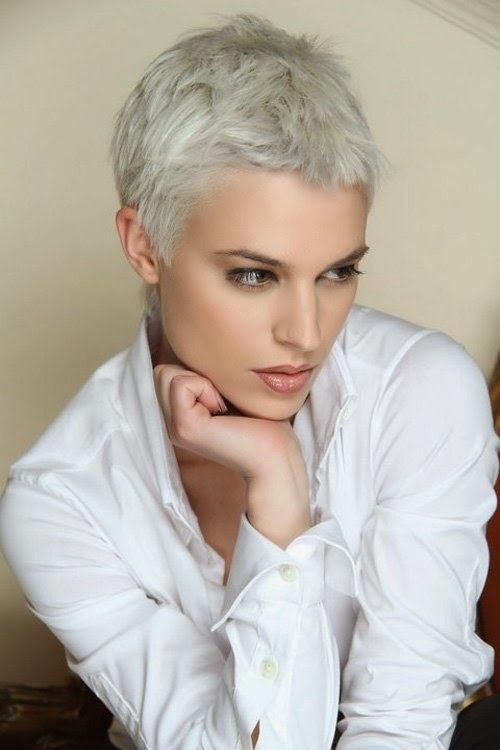 Great hair color for this messy short pixie haircut. Pixie hairstyle with  beautiful color choice. - 103 Best Pixielicious Hair!! Images On Pinterest Short Hair