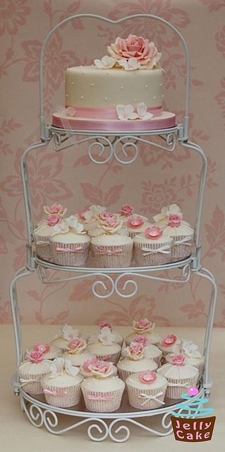 Wedding Cake and Cupcake Decorating Ideas