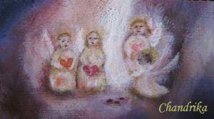 Chandrika drivs av konstnär Linda Höglund. Linda målar tavlor i olja och akryl.