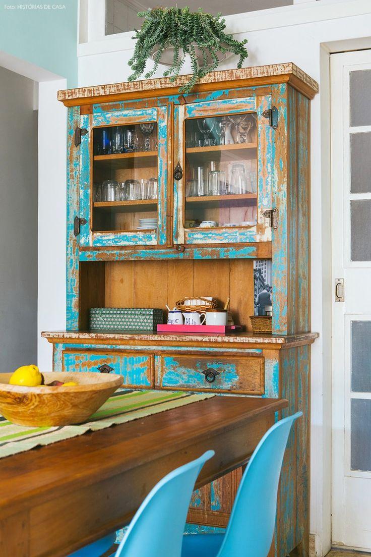 13-decoracao-sala-jantar-cristaleira-madeira-rustica