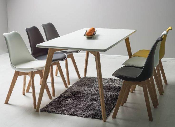 Stół Milan to idealny przedstawiciel stylu skandynawskiego. Jego lekka forma nie przytłoczy pomieszczenia nawet kiedy wybrany rozmiar będzie pełnowymiarowym stołem. Jego nogi wykonane z drewna dębowego zapewniają stabilną podporę dla blatu wykonanego z lakierowanej na biało płyty MDF.