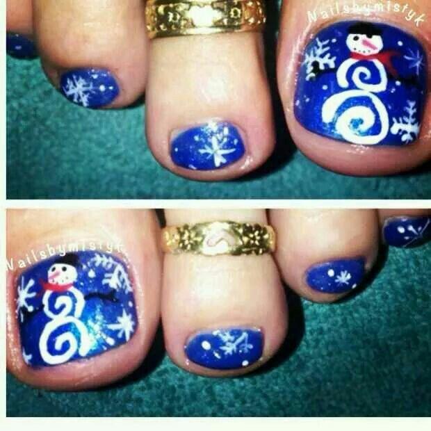 blue christmas toenails