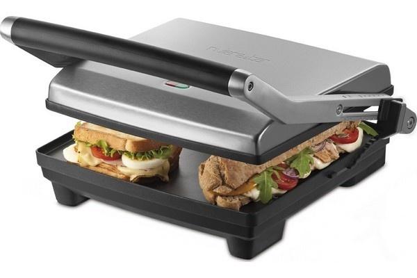 Préparez de succulents burgers fait maison avec le grill viande et sandwich RIVIERA BAR