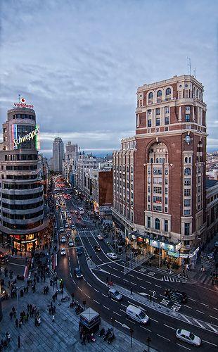 Plaza de Callao, al fondo Plaza de España, La Gran Vía, Madrid, Spain