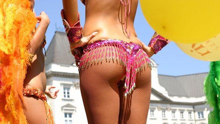 Samba dancers - Carnival in Rio de Janeiro, Brasil #samba #carnival #kilroy #traveling #culture #dancer
