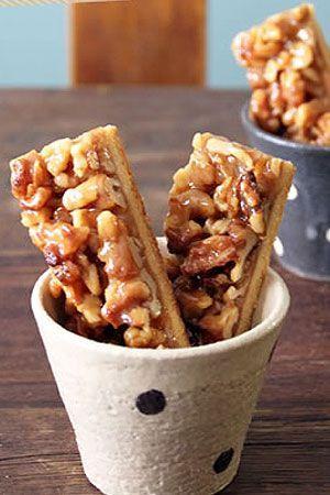 トイロさんちのあれこれ~簡単おやつや好きなもの~「たっぷりくるみのキャラメルクッキー」