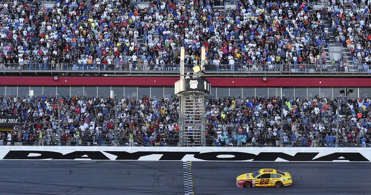2016 Daytona 500: Start time, lineup, TV/radio schedule, live streaming #Sport #iNewsPhoto