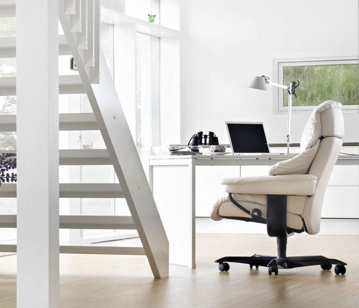 stressless office chair great for a contemporary home. Black Bedroom Furniture Sets. Home Design Ideas