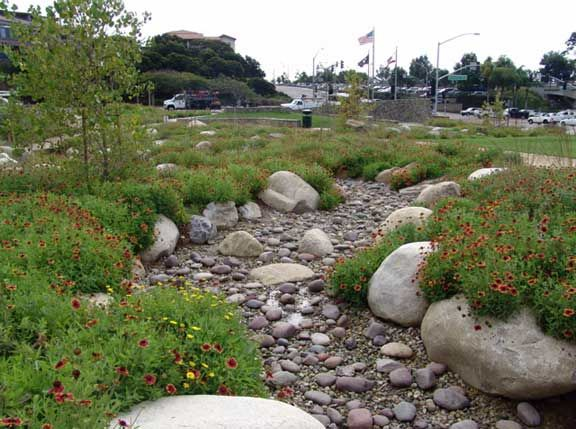 66 best dry creek beds images on pinterest landscaping for Cottonwood designs