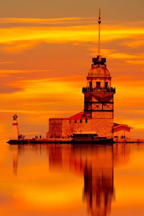 The particularly beautiful Maiden's Tower sits 200 m off the coast of Istanbul on the southern entrance to the Bosphorus strait in Turkey #Istanbul
