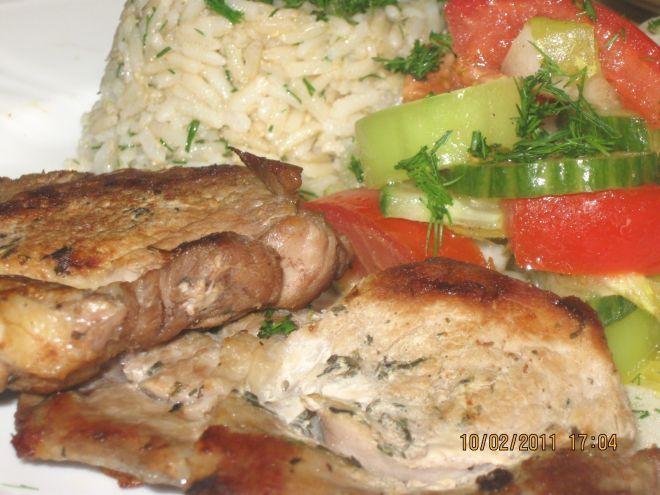 Ceafa de porc marinata la gratar