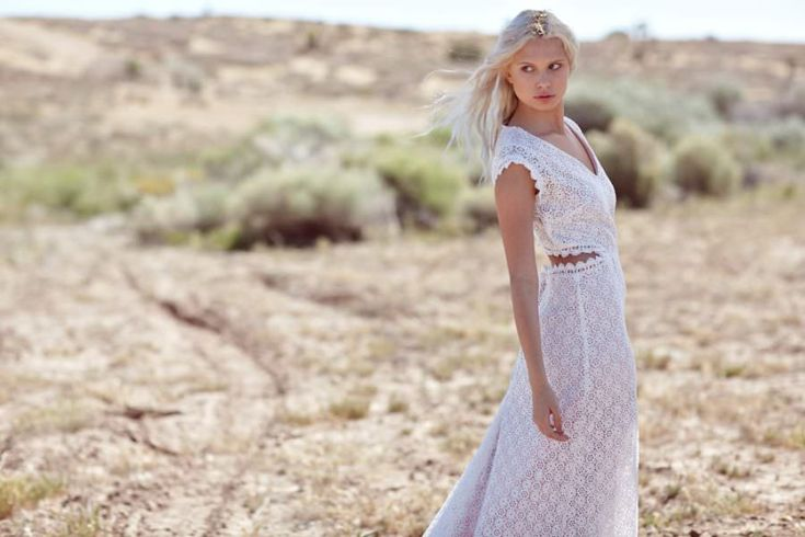 Boho Pins: Top 10 Pins of the Week - Lace Wedding Dresses